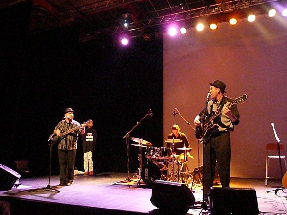23-10-09-trio-1